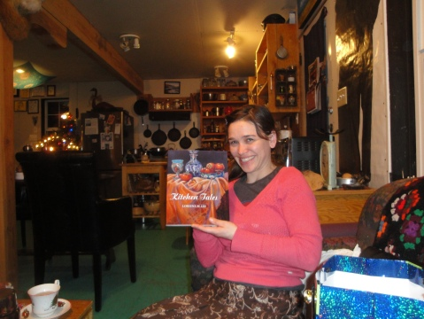 Cookbook Christmas gift that matches her kitchen