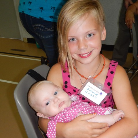 My great granddaughter with my cousin´s granddaughter. We think they are 5th cousins