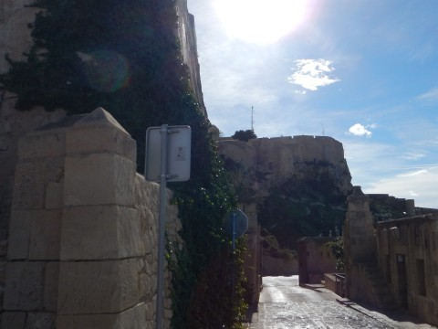 The narrow entrance to the castle