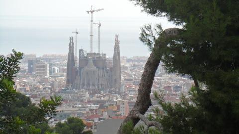 Gaudi´s Sagrada Família from Park Gruell